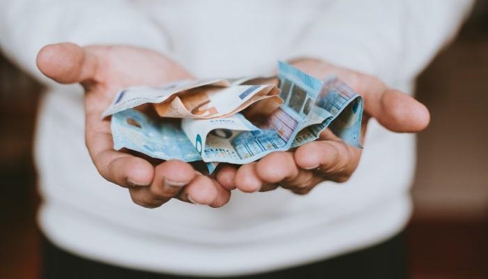 オンラインカジノの軍資金