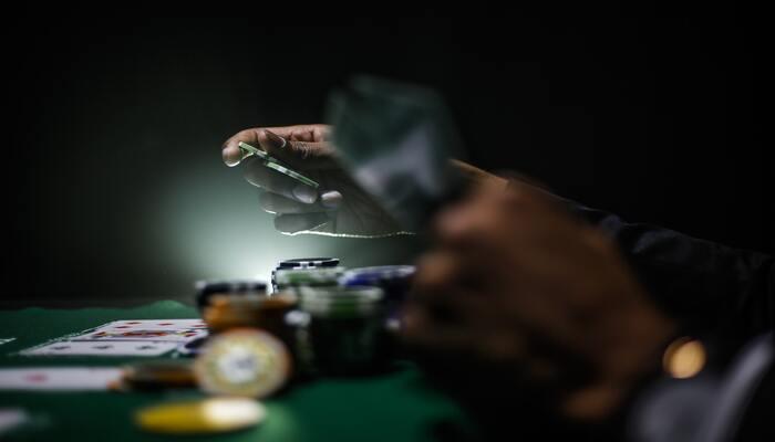 ポーカー プレイ
