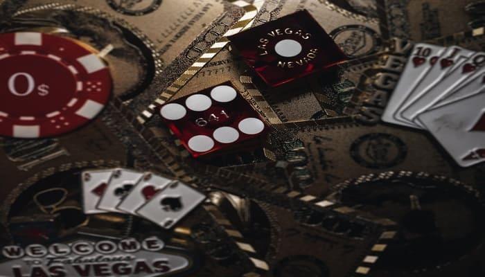 オンラインカジノだけで生活
