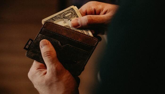 オンラインカジノ 稼いだお金 失う